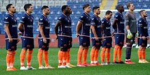Başakşehir'de bir futbolcunun testi pozitif çıktı