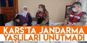 Kars'ta Jandarma Yaşlıları Unutmadı