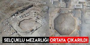 Selçuklu Mezarlığı Ortaya Çıkarıldı