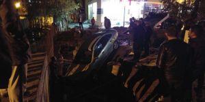 Kars'ta Trafik Kazası: İki Araç Köprüden Uçtu