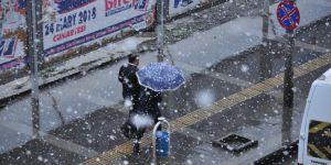 Kars'ta Nisan Karı Şaşırttı