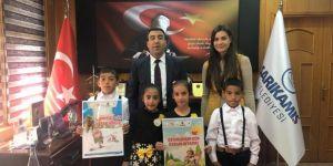 Başkan Toksoy'dan minik öğrencilere destek