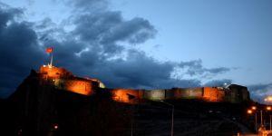 Anadolu'nun Kapısı Işıl Işıl