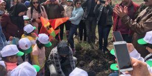 Kars'ta 200 fidan toprakla buluştu