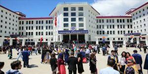 ARÜ'de 9 öğrenci tutuklandı