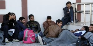 Pakistanlı 28 Kaçak Göçmen Yakalandı