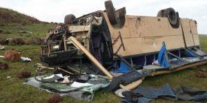 Ardahan'da korkunç kaza! Çok sayıda ölü ve yaralı var