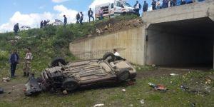 Otomobil Şarampole Devrildi 1 Ölü, 2 Yaralı