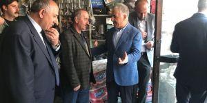 Bakan Ahmet Arslan, Sarıkamış'ta esnafla buluştu
